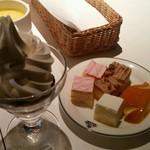 46772444 - ●ソフトクリーム・プチケーキ・プリン(2015.09)●