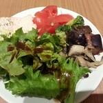 46777918 - ランチのサラダ、前菜(制限時間1時間のサラダバー)