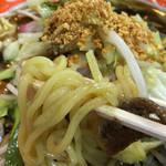 長崎ちゃんめん - 加水高めの丸中太麺