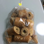 青木屋 - 料理写真:『武蔵野日誌』のクリームの入ってないバウムクーヘンのみの切り落とし。税込250円
