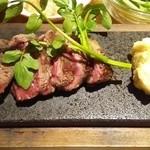 46787199 - 牛ヒレ肉の石焼き