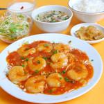 中国家庭料理 聚 - ランチーで一番人気エビチリ定食