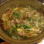 Inakasobamiyuki - 肉そば!あったかいお蕎麦、美味しい〜(⌒▽⌒)