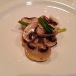 サント ルーチェ - ひとくちオードブル 生マッシュルームのマリネ