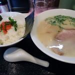 マルヨ - 「らーめん+明太子ごはん」850円也。税込。