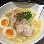 麺屋やまもと - 限定Aの鶏白湯 ¥800
