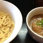 46802438 - 煮玉子つけ麺  850円 (麺半分で注文)