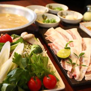 5時間煮込んだ鯛出汁で作るコラーゲン鍋!