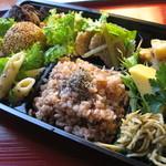 健康食工房 たかの - ヘルシーナチュラルランチに、自然食のお弁当