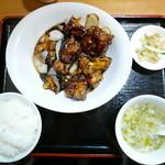 七福家 - 日替わり(鶏の黒酢あんかけ)750円