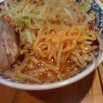 拉麺 亜斗夢 - 麺アップ