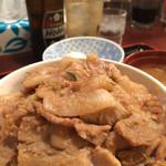 昭和食堂 - すた丼大盛ホッピー。至福。