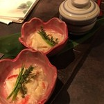 46816943 - 【一 品】生湯葉の蟹餡仕立て~味わい深い逸品です~                                              湯葉はもっちりとしていて本格的。蟹も名前ばかりでなくしっかり身が入ってたのがよかったですね。