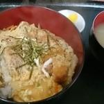 46827573 - カツ丼500円