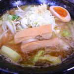 ぶたいち - 麺と汁がからんで旨し 2016.1