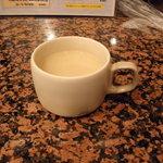 コタニ - セットのスープ