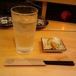 ナカラ - 酎ハイのレモン(400円)とお通し(200円)2010.6