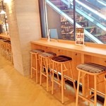 あかりまど - 渋谷モディ内のテーブル・椅子でお召し上がり頂けます