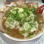 ラーメン玉津 - ワンタン麺