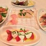ラ・スコリエーラ - 小皿前菜盛合せ(5皿)