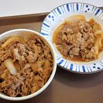 すき家 - 牛丼並盛と牛皿並盛