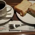 上島珈琲店  - BLTチーズエッグサンド