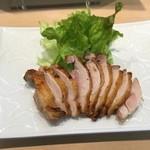 三代目 まる天 - 青森地鶏シャモロックもも肉の塩焼き