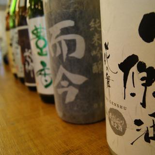 こだわりの日本酒はもちろん房総地酒■地魚との相性抜群
