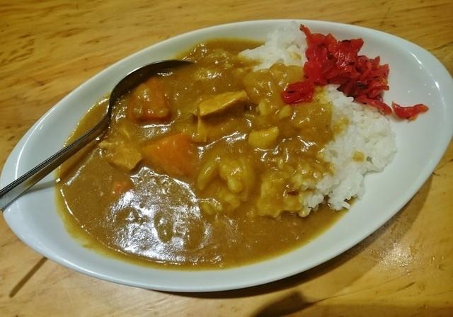 食事処 まえ田 - カレーライス 650円