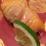 京寿司 - 京寿司 門司店(福岡県北九州市門司区東新町)(活)赤貝1貫 240円