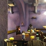 Dhaba India - (2016/1/27)店内。スマホ新しくしたら、ブルーの壁が綺麗に写らない(´・ω・`)