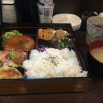 居酒屋しるし - 料理写真:幕の内弁当、ご飯大盛