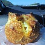 バンテルン - チーズフォンデュクッペ150円です、中にチーズがたっぷり入った