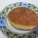 バンテルン - そして7月の人気NO1のパンの玄米ビーフカレーパン210円。