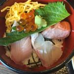 小魚 阿も珍 - 海鮮丼、ミニ