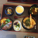 小魚 阿も珍 - 弁天丼 (1100円.税別)