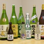 割烹 いづみ - 愛媛の地酒を豊富にご用意しております。