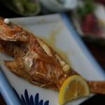 仲泊海産物料理店 - これは頼んだ方がいいですよ!
