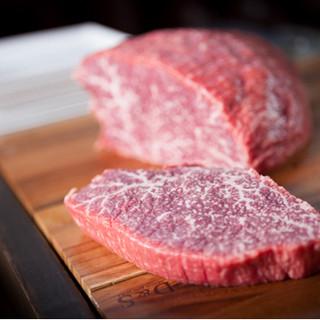 きめ細やかな味わい!京都産ブランド和牛「京の肉」を量り売り