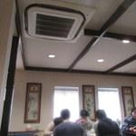 上海菜苑 和盛楼 - 若い客層、次々と「ご飯おかわりください」の声が。