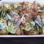 たこ焼き蛸玉 - しょうゆたこ焼き(6個)350円(税込)