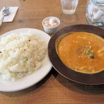 チャイロ - きのこ3種とベーコンのクリームカレー(ご飯大盛り)2016.01.28
