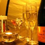 BAR TRIANGLE - ゆっくりシャンパンで乾杯しましょう♪