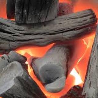 ◆やっぱり炭火が美味しい!炭はすべて「土佐備長炭」を御用意!