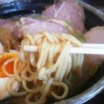 ラーメン人生JET - 麺(鶏煮込みチャーシュー)