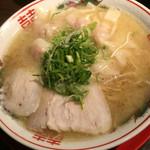 46890594 - ワンタン麺