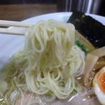 46892435 - 細麺だけど食感の良い麺♪美味いです