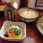 銀座 井泉 - ご飯、シジミ汁、お新香