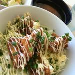 メフォス - 料理写真:鳥の唐揚げ 甘辛マヨ丼