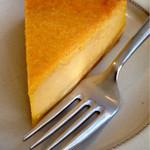 46894294 - かぼちゃのベイクドチーズケーキは、しっとりとした味わいでした